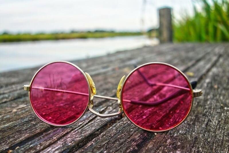 ruzovy svet ruzove okuliare nic nie je take ruzove ako sa zda